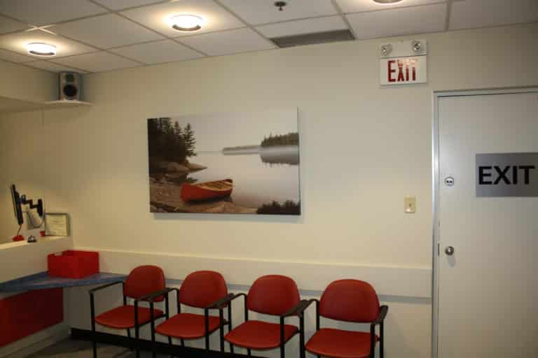 NIAGARA MEDICAL IMAGING WAITING AREA